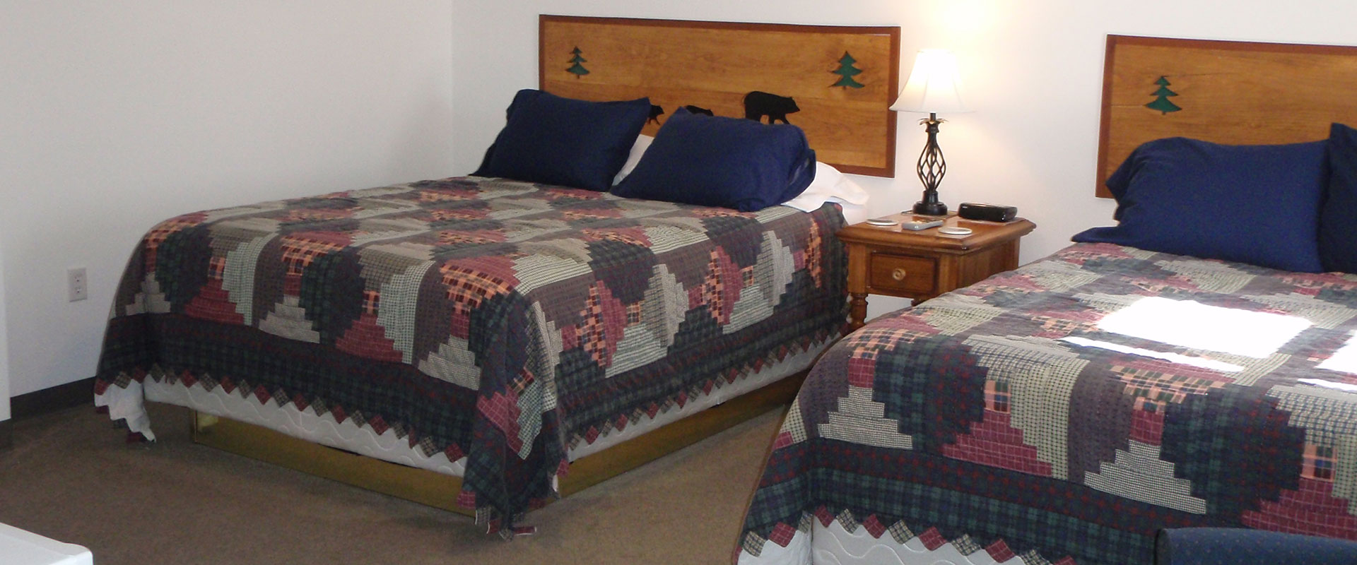 Bear Paw Inn: Affordable Hotel Rooms in Mars Hill, ME